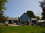 136 Mitchell Dr, Elk Rapids, MI
