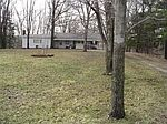 7344 Engle Rd, Cleveland, OH