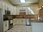 25 Inland Rd, Levittown, PA