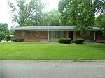 165 Green Acres Rd, Saint Louis, MO