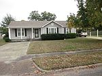 1901 W Parkview Dr, Caruthersville, MO