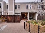 1050 S Monaco Pkwy UNIT 22, Denver, CO