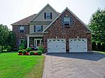 27 Mountainview Dr, Waterford, NY