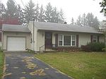80 Edgewood Dr, Greenville, PA