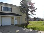 13734 Oakbrook Dr # 3734, North Royalton, OH