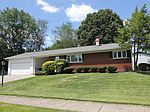 920 Hillery Rd , Columbus, OH 43229
