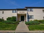 7000 Squires Manor Ln, South Park, PA