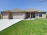 48 Meadow Ln, Whiteland, IN