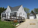 615 Randolph St, Mishicot, WI