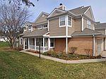 154 Woodstone Dr , Buffalo Grove, IL 60089