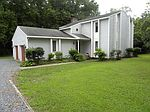 5567 Channel Dr, Salisbury, MD