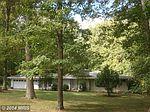 18304 Woodland Dr, Triangle, VA
