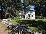 22 Fosters Pond Rd, Andover, MA