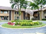 2101 W Good Hope Rd UNIT 213, Glendale, WI