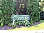 8 Arbor Ridge Rd, Torrington, CT