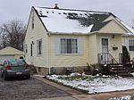 1702 Webster St, Bay City, MI