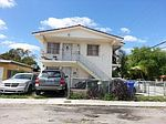 828-830 NW 23 Ct, Miami, FL