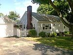 7 Dudley St, Peabody, MA