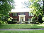 205 Gypsy Ln , Youngstown, OH 44504