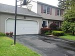 2039 Pine Cliff Rd, State College, PA