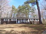 2802 Myrtlewood Dr, Meridian, MS