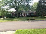5910 Apache Rd, Indian Hills, KY
