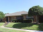 1225 Richland Oaks Dr, Richardson, TX