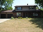 4630 S 84th St, Greenfield, WI