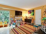 8702 Manchester Rd, Silver Spring, MD