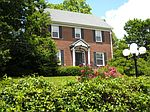 211 Mountain View Ave, Bluefield, WV