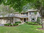 35 Hunters Cir, Lebanon, NJ