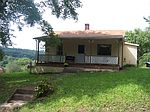 366 Cliffview Rd, Bramwell, WV