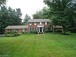 2463 Larchmoor Pkwy NW, Canton, OH