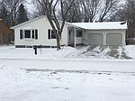 960 27th St, Spirit Lake, IA