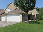 9131 W Elm Ct UNIT F, Franklin, WI