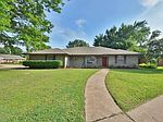 804 Cogswell Cir, Edmond, OK