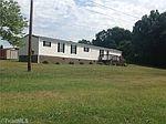 1482 Nc 65, Walnut Cove, NC