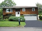 49 Shipman Ave, North Babylon, NY