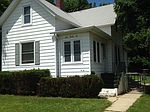 426 W Crystal Lake Ave, Crystal Lake, IL