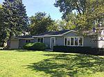 1913 Creek Rd, Fox River Grove, IL