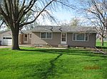 1237 Brown St, Larchwood, IA
