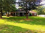 1144 Timber Creek Ct, Axis, AL