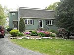 88 Brentwood Cir , Plymouth, MA 02360