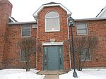 1374 Cunat Ct, Lake In The Hills, IL