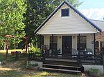 1104 Restertown Rd, Poplarville, MS