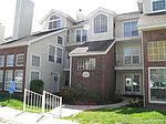 204 Carriage Crossing Ln UNIT 204, Middletown, CT