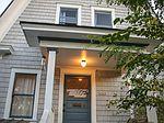 2426 N Sumner St, Portland, OR