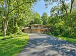 506 Lakeshore Dr W, Lake Quivira, KS