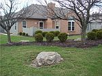 209 Pine Ridge Ct, Bellefontaine, OH