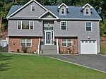 153 Town Line Rd, E Northport, NY